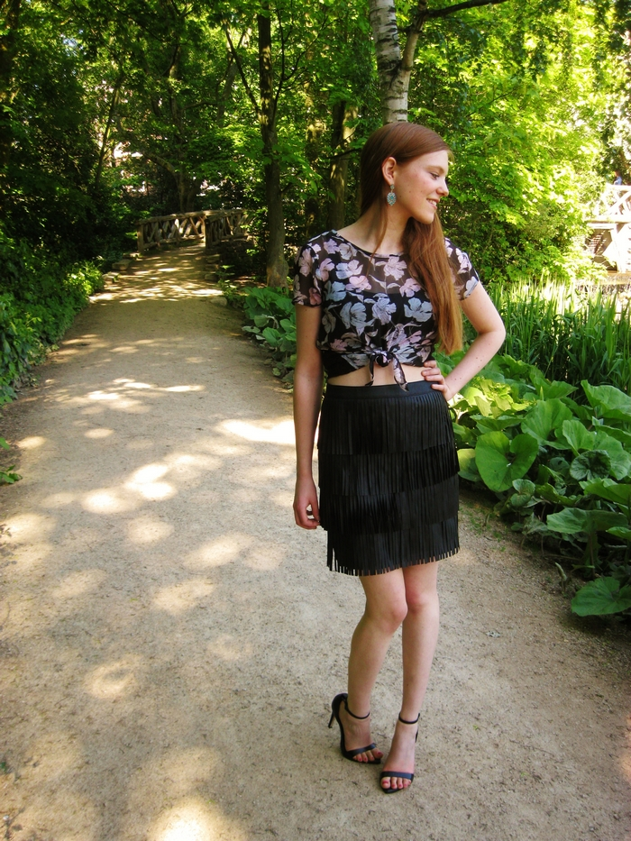 Fashion Blog Blogger Outfit Fringe Leather Crop Blouse