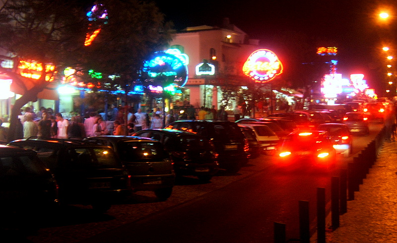 Travel and lifestyle diaries blog nightlife in praia da oura algarve