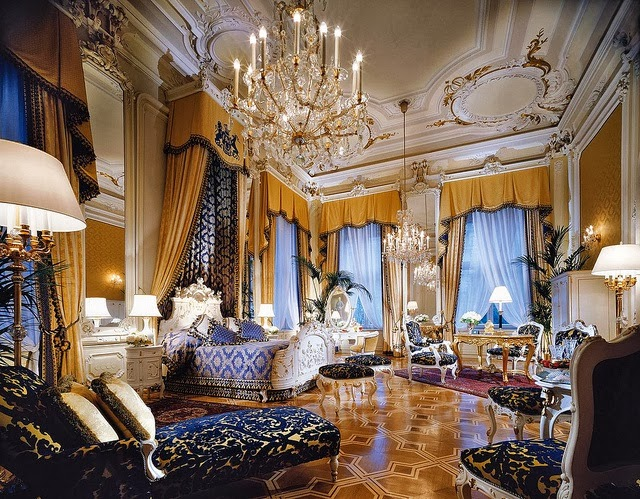 Link camp royal bedroom luxury home decoration and for Royal bedroom interior design photos