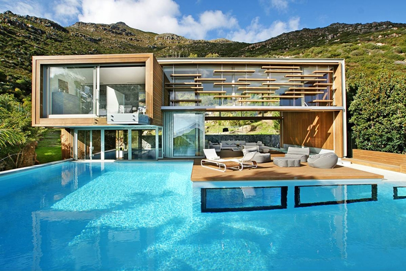 Swimming pool of Stunning Spa House in Cape Town, South Africa