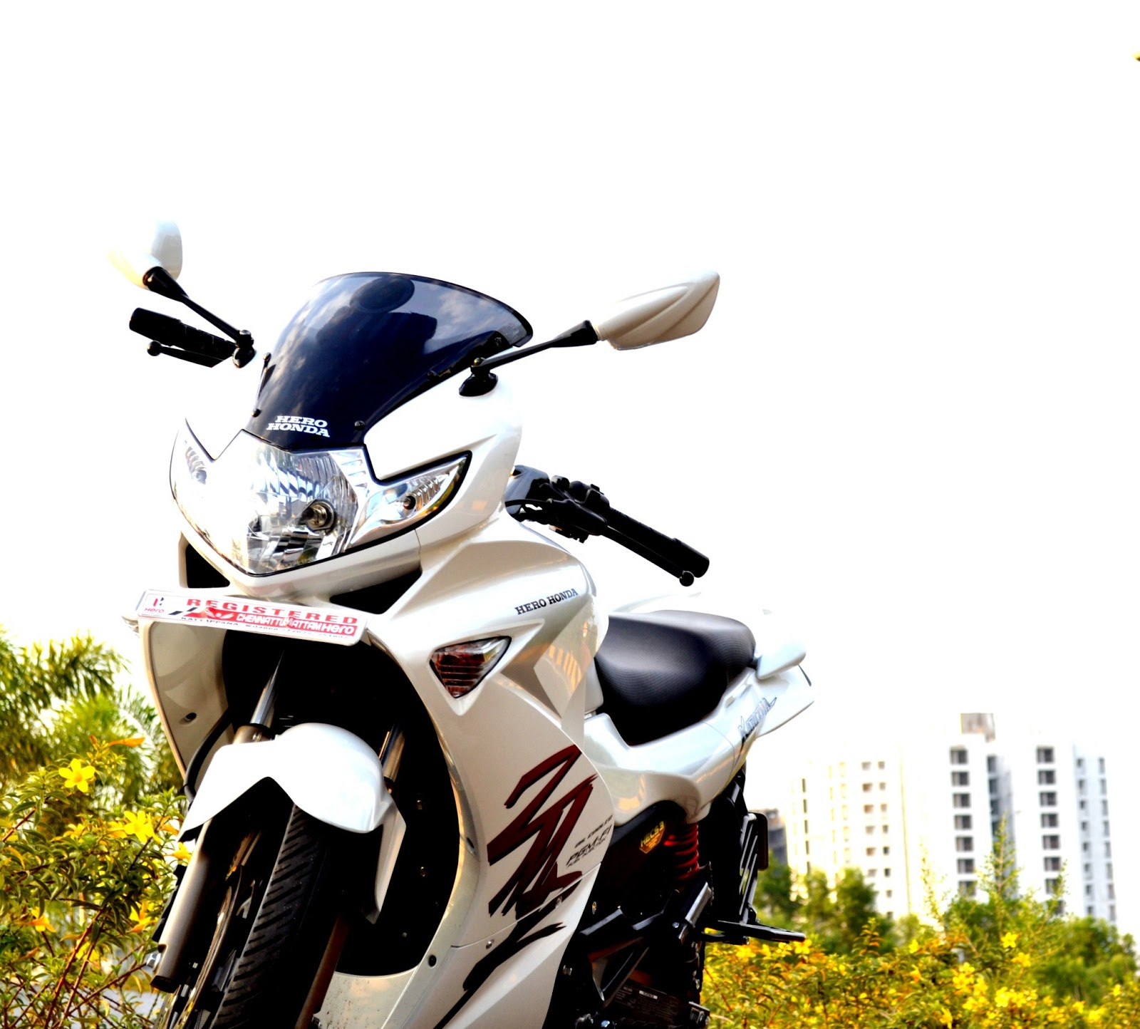Life On 2 Wheelz Hero Karizma Zmr Owners Review The Ultimate