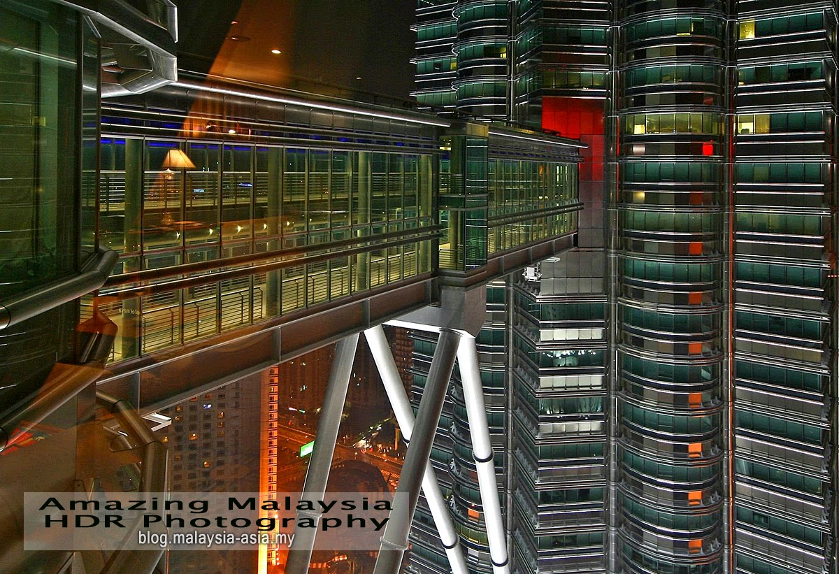 Petronas Twin Towers Skybridge HDR Photography