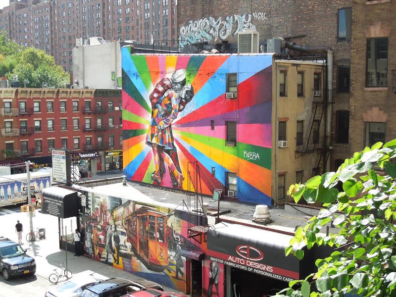 Eduardo Kobra VJ Day homage mural New York