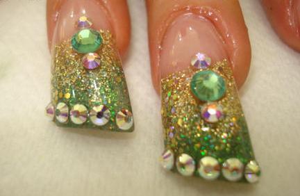 U As Decoradas Con Piedras De Cristal Elegantes Y Hermosas