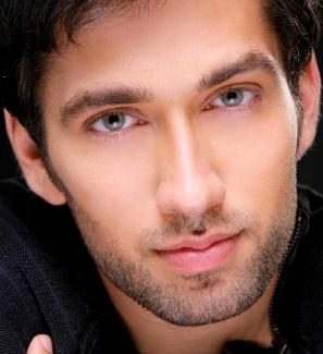 Nakuul Mehta