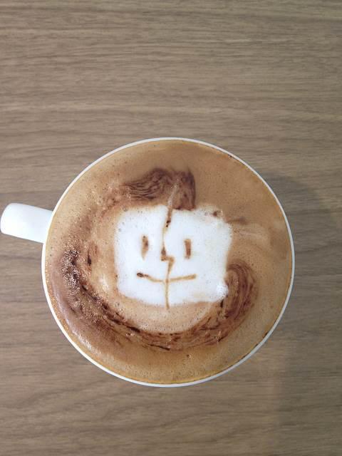seni-kopi-latte-mac-os