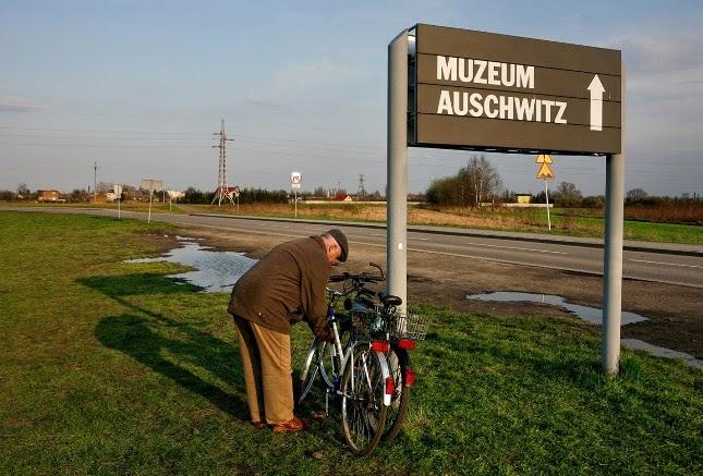 La vida cotidiana junto a Auschwitz.
