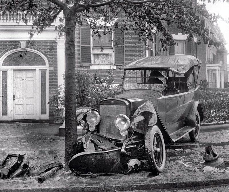 Lester Picket ® ™: Car Crashes between 1917 - 1940