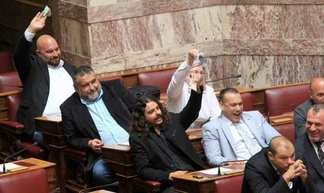 Χρυσή Αυγή: Έτσι εξαργυρώνεται η αποστασία: Ελεύθερος χωρίς όρους ο Χρυσοβαλάντης Αλεξόπουλος!