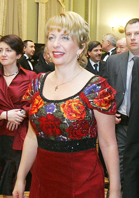 Bukovyna floral beading top of Ukrainian First Lady dress, made by Roksolana Bogutska
