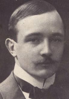 http://commons.wikimedia.org/wiki/File:Robert_Musil_1900.jpg
