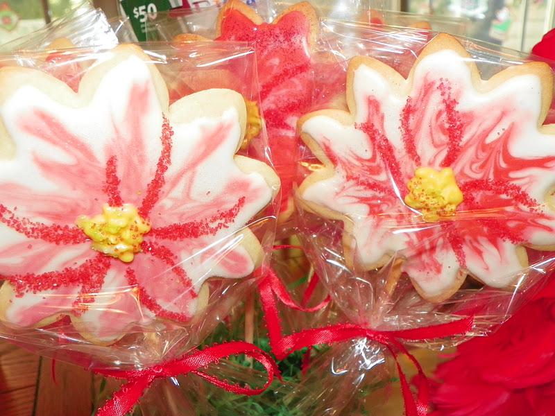 Poinsettia Cookie Pop Bouquets