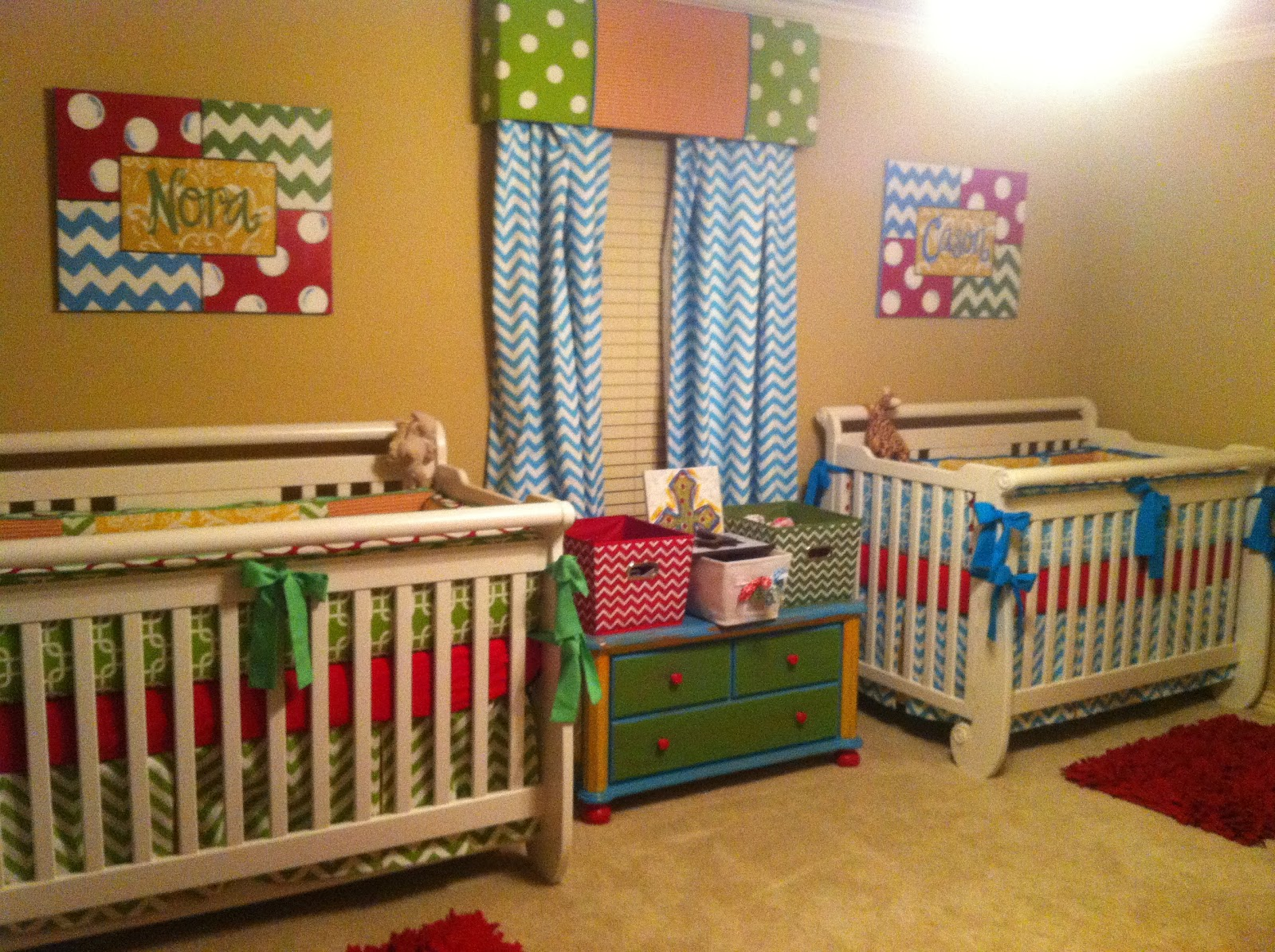collyar life with twins twins nursery for a boy and a girl. Black Bedroom Furniture Sets. Home Design Ideas