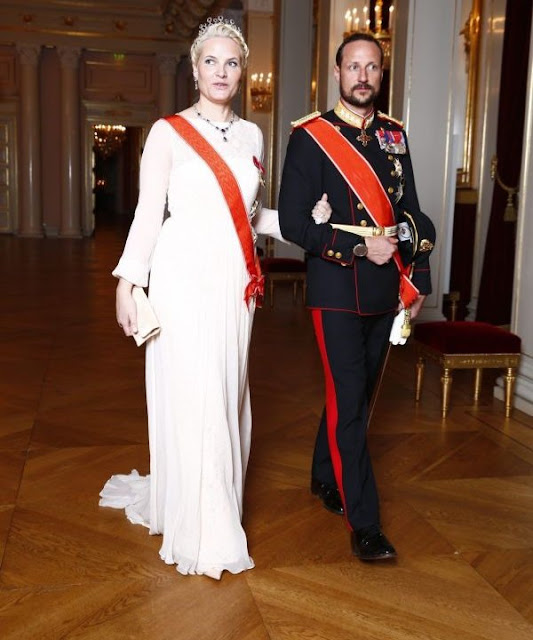 Gala Dinner in honor of the President of Latvia at the Royal Palace in Oslo