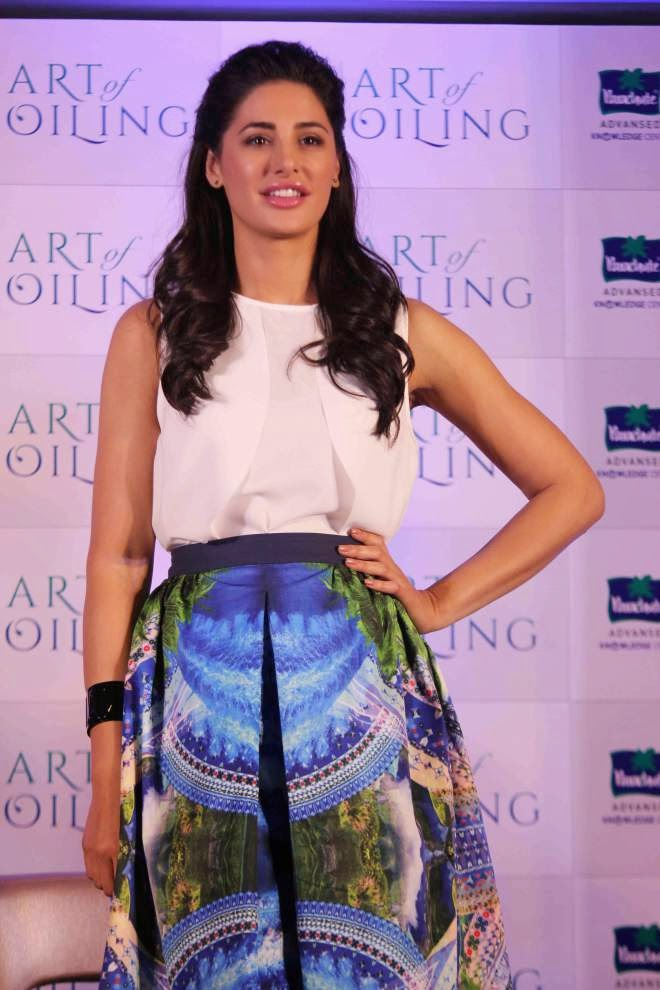 nargis fakhri hot wallpapers