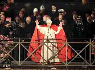 http://2.bp.blogspot.com/-_gkV2fAzJms/URnfJPgGDbI/AAAAAAAACnc/B_h8YdUG4H4/s1600/Pope.jpg