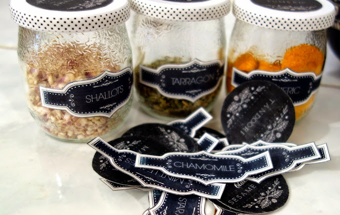 Remaking the Kitchen ~ Chalkboard Spice Jar Labels