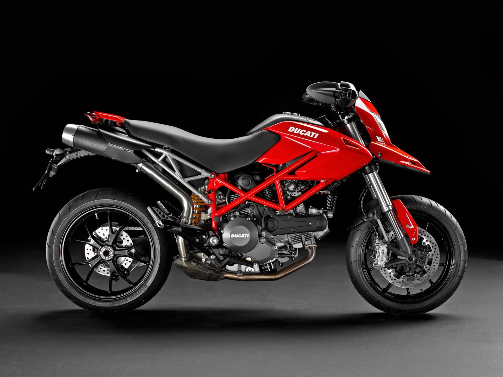 ducati hypermotard 821 leaked pictures 2014 just welcome to automotive. Black Bedroom Furniture Sets. Home Design Ideas