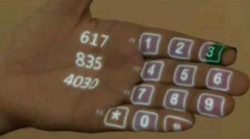 Samsung un clavier dans la main