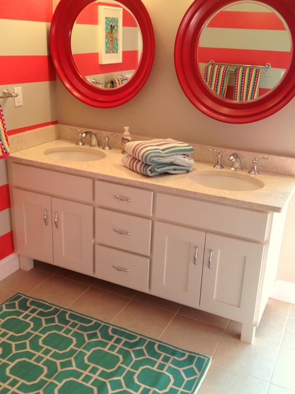 Vivid hue home diy bathroom bench gets racing stripes for Wallpaper home goods