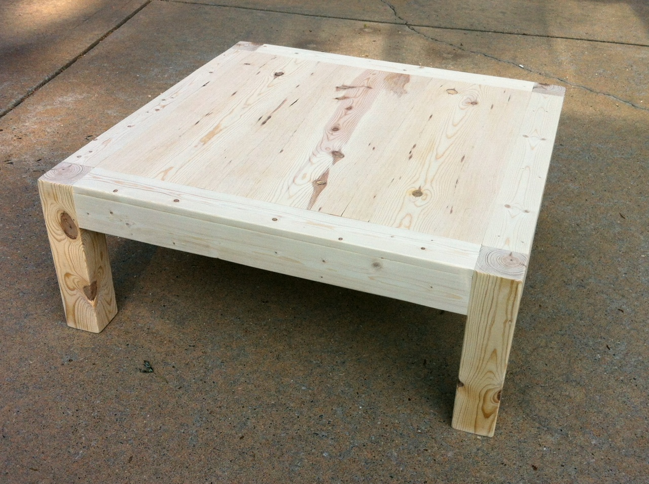 Jajake learn diy 4x4 coffee table for Table design for project