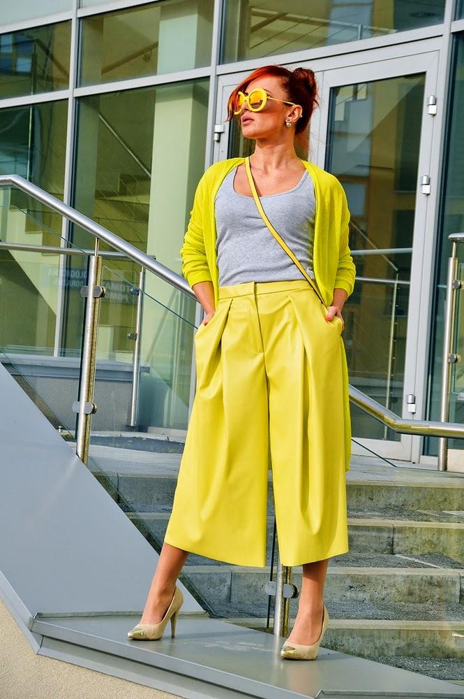 Zielono żółty