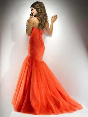 turuncu uzun kabarık abiye