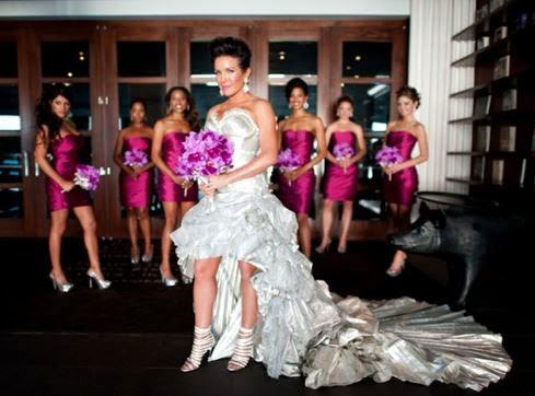 những váy cưới đắt đỏ