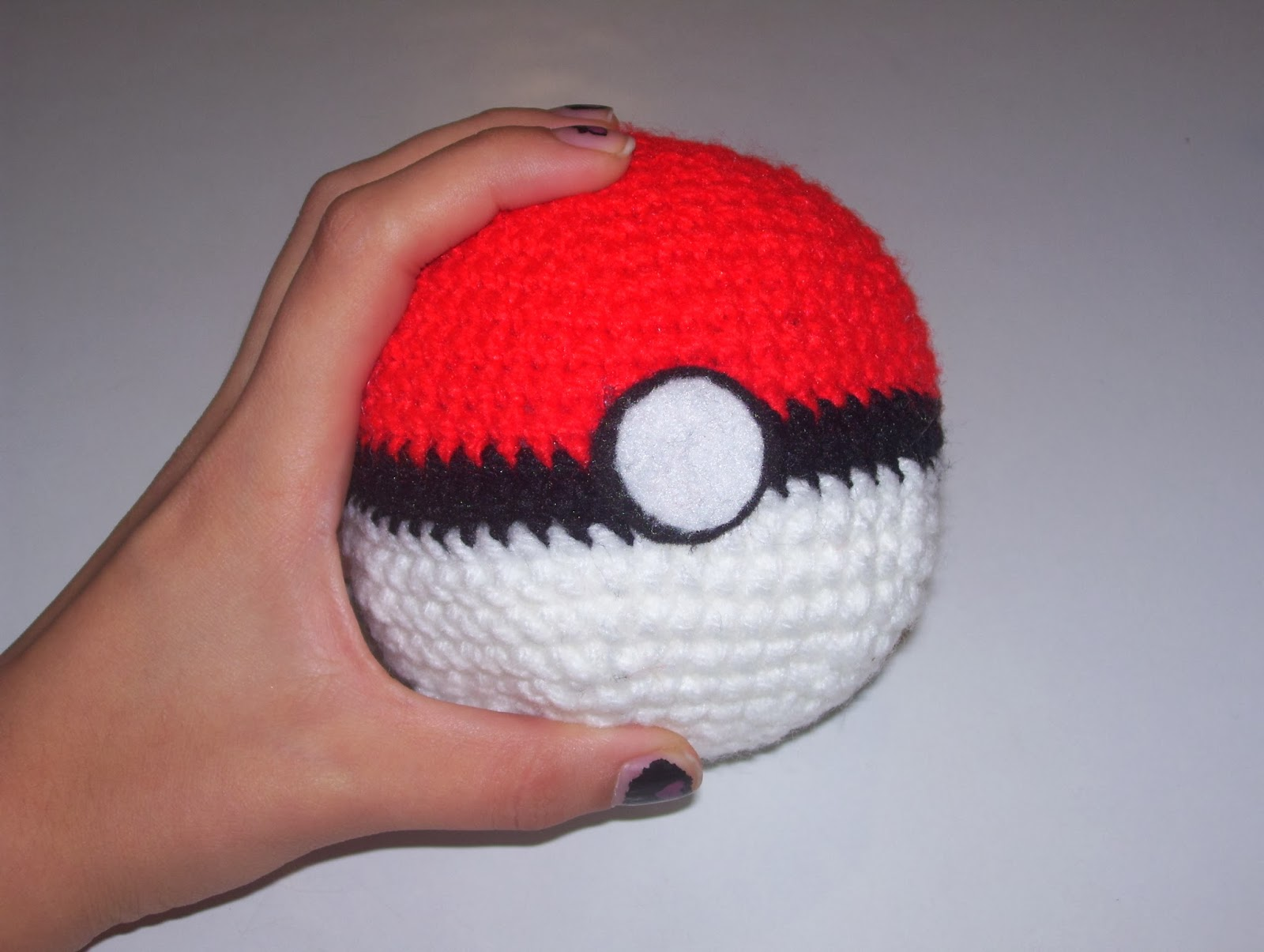 Amigus Crochet: Pokebola