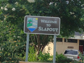 Slap-out sign