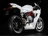 2013 MV Agusta F3 675 Review Motorcycle Photos 4