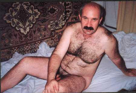 daily men # 43 : gay turkish mature. furry bears - mustache gay daddies