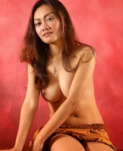 Girls with indonesian moms sex