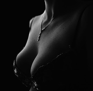 biust piersi prawoślaz