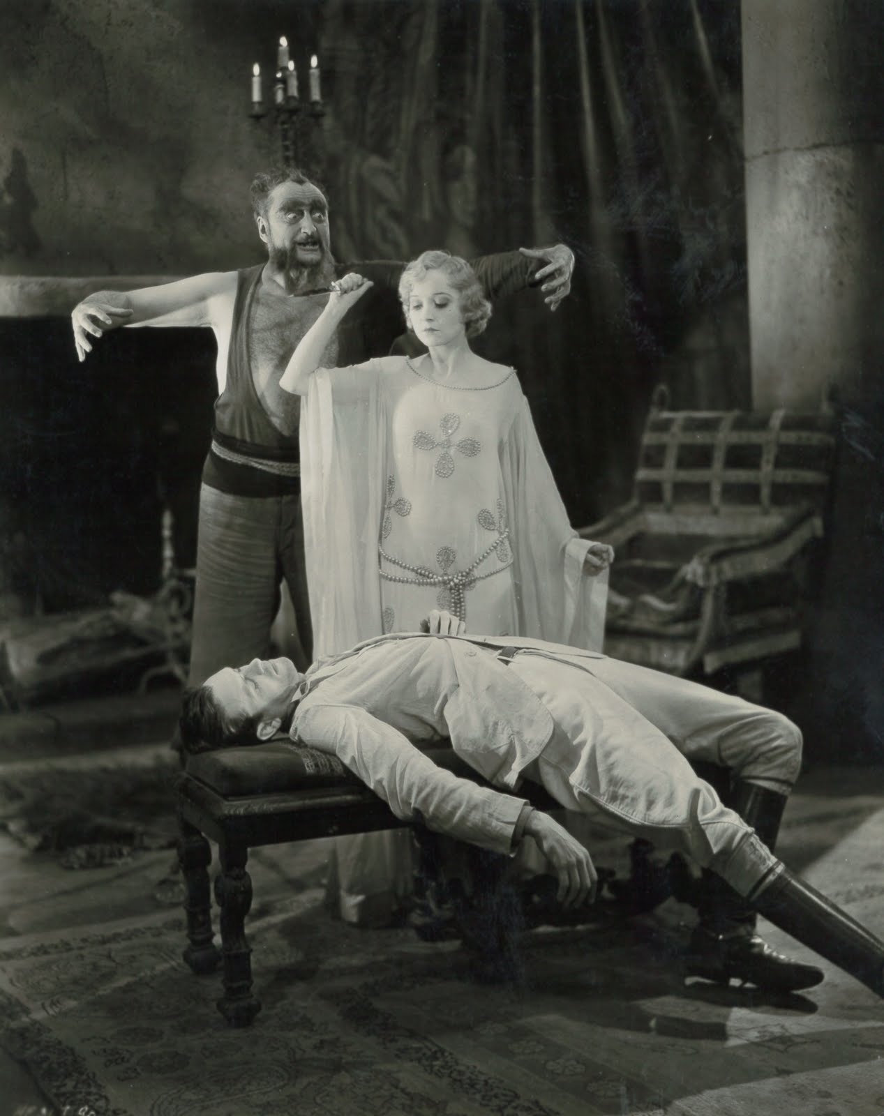 White Zombie Starring Madge Bellamy with Robert Frazer