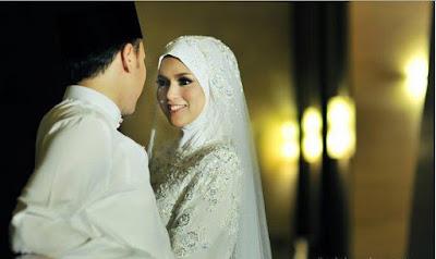 Kisah Romantis, Luluhnya Hati Istri Karena Senda Gurau Sang Suami
