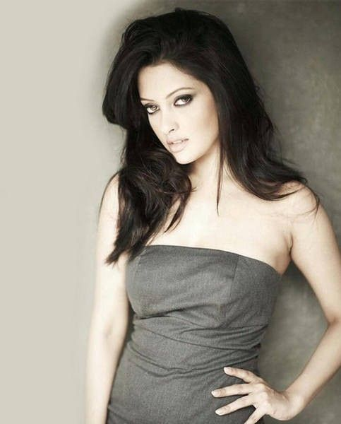 Riya Sen's Hot And Sexy Photos