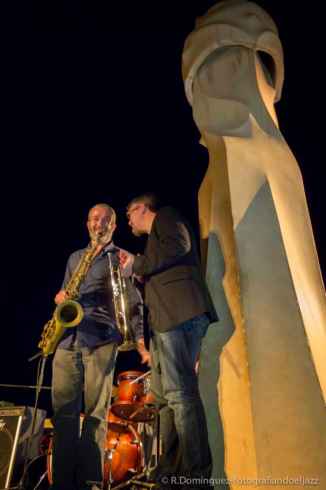 © R.Domínguez-Vicent Macián-David Pastor