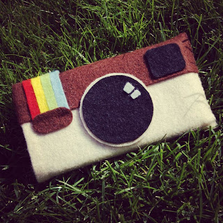 Instagram felt phone cover phonecover vilt telefoonhoesje insta give away