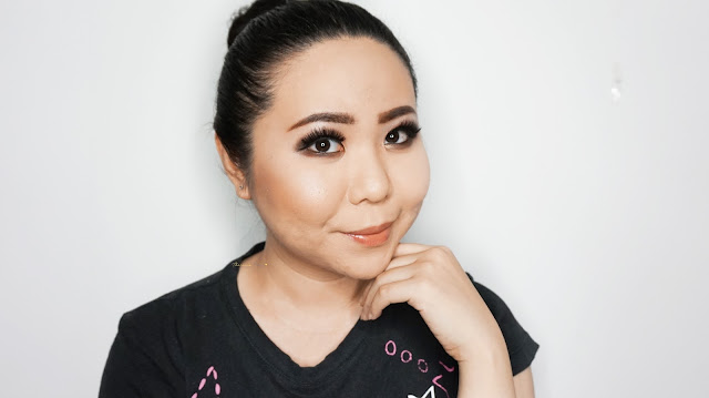 Dramatic Brown Smokey Eyes to enhance asian eyes to look bigger without eye lids tape. Using brown and black from Sephora Makeup Academy Palette. Private class for corrective make-up is available in Jakarta. Smokey eye to enhance monolids.