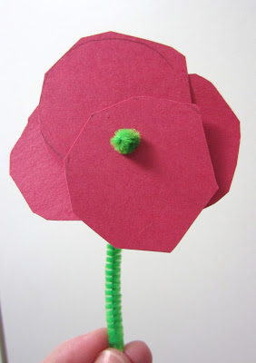 http://mom-ed.blogspot.ca/2012/11/remembrance-day.html