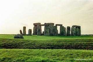 """Stonehenge, book review, """"Stonehenge"""" by Bernard Cornwell"""