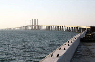World's Longest Sea Bridge in China