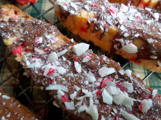 http://www.turnips2tangerines.com/2013/12/peppermint-biscotti.html