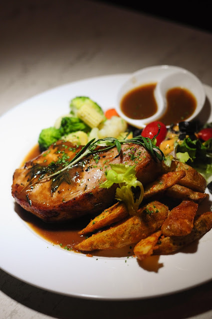 Tyrwhitt Bistro and Bar Pork Chop