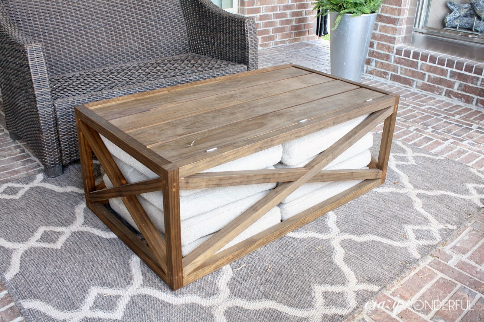 crazy wonderful diy outdoor coffee table with storage