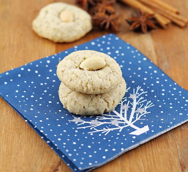 Chai-Almond Cookies | sweetpeasandsaffron.com