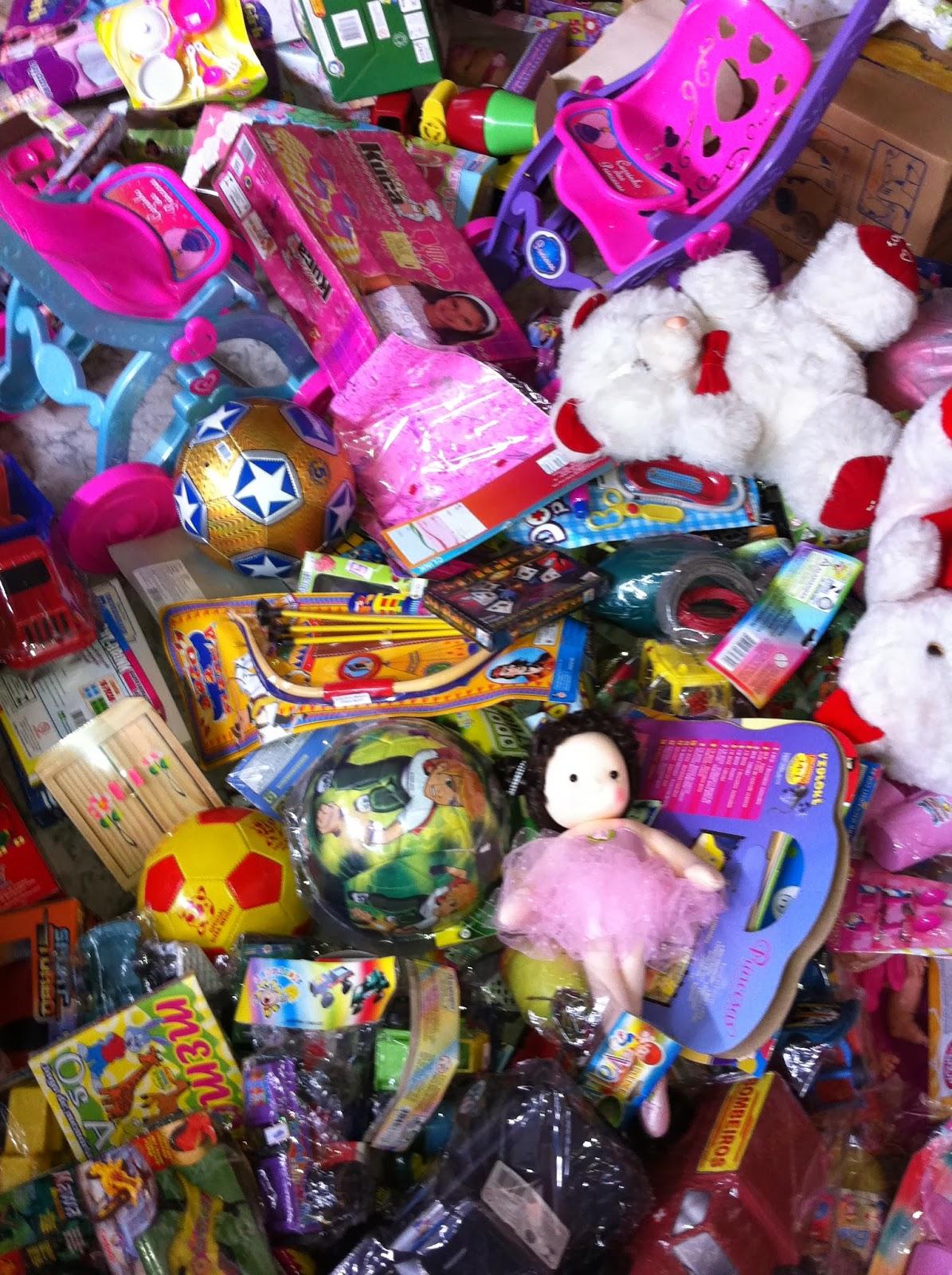Solidariedade - Grupo dos Amigos de Gentio do Ouro arrecadou 280 brinquedos para doação a crianças carentes:
