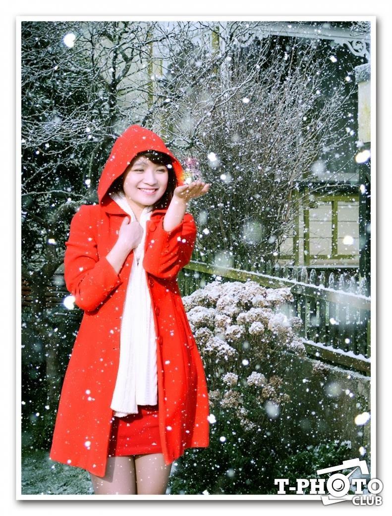 Người đẹp khoe sắc đón Giáng sinh