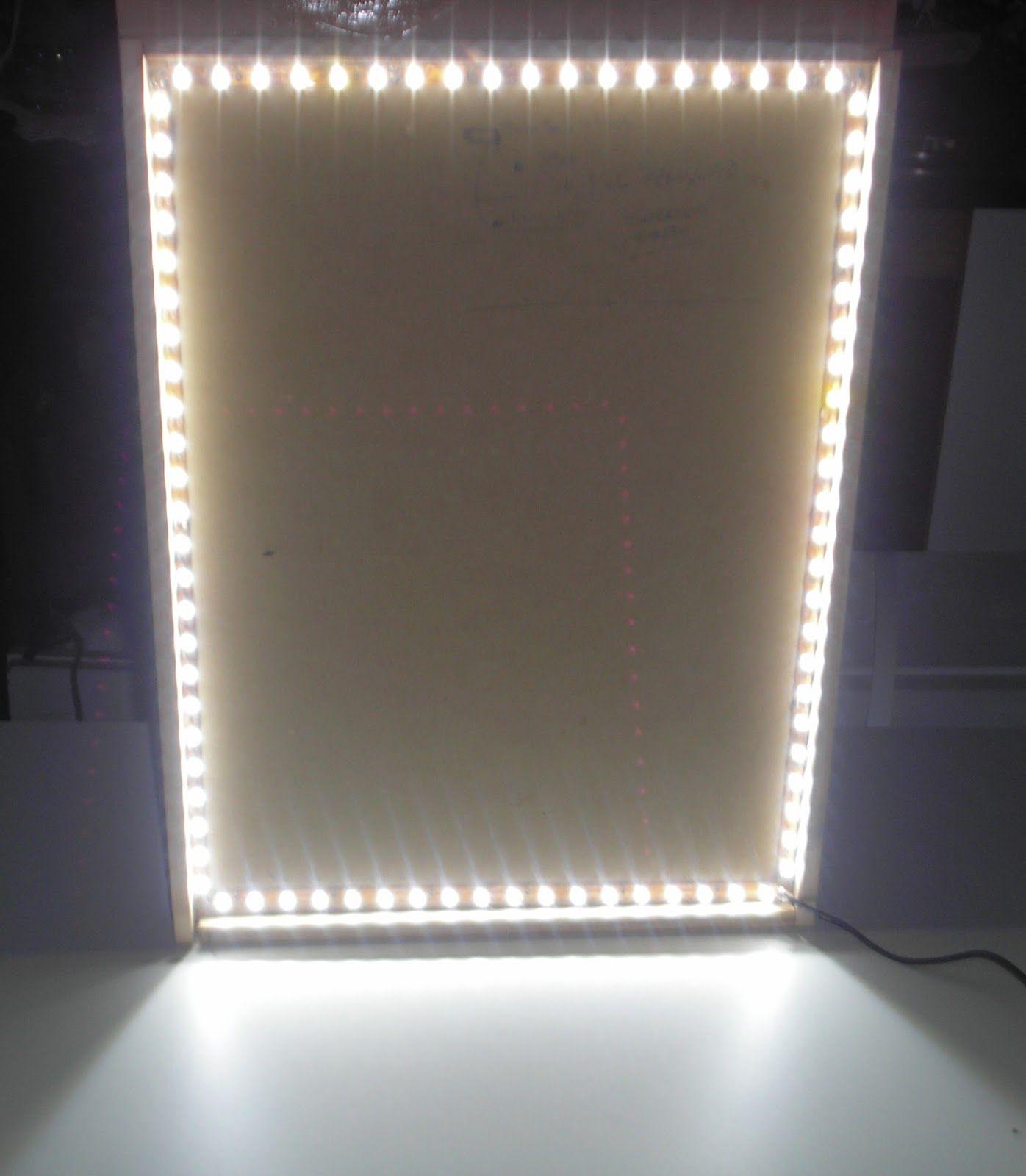 Dekoba os espejos con venecitas y luces de leds - Espejos con luces ...